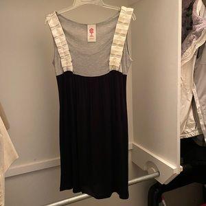 Dresses & Skirts - Everyday dress